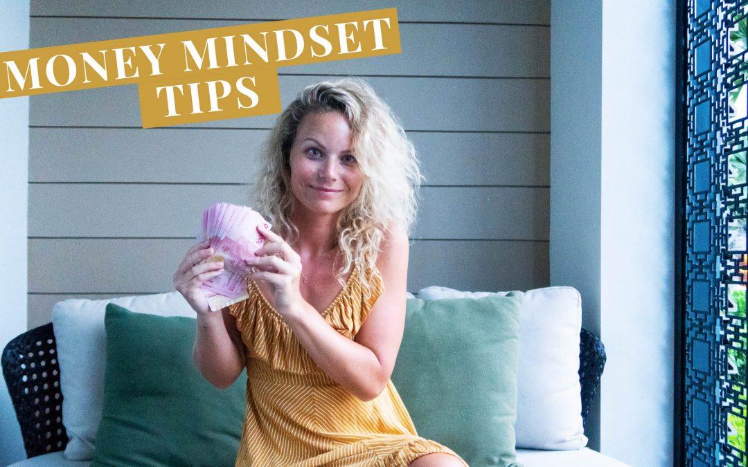 Video: Zo stoot je geld af en zo zorg je voor meer rijkdom – Money Mindset tips